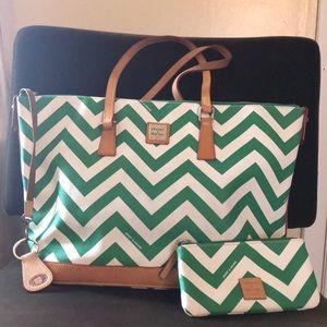 Dooney & Bourke green/ white chevron print purse